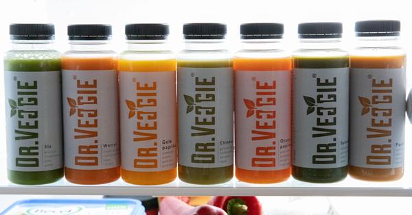 Diverse sappen van Dr.Veggie in koelkast
