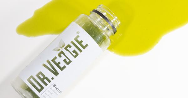 Fles gemorste broccoli groentesap van Dr.Veggie