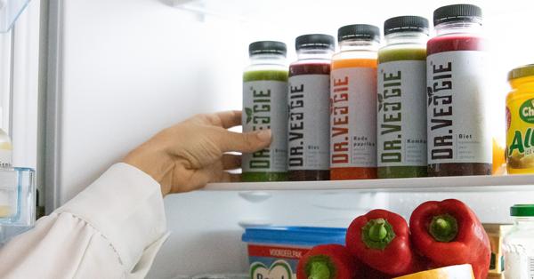 Groentesappen van Dr.Veggie in de koelkast